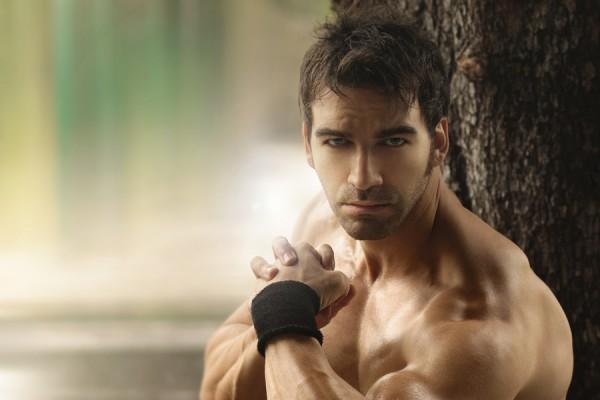 bigstock-Outdoor-portrait-of-a-muscular-43129417