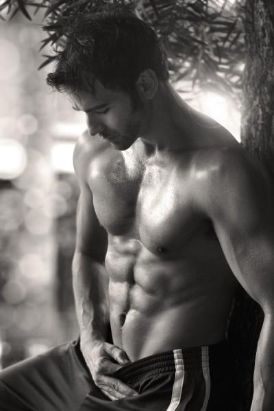 bigstock-Sexy-sensual-outdoor-portrait--39922273