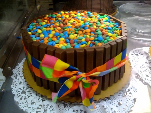 Chocolate candy cake