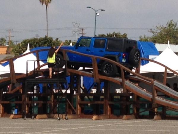 Auto Show 2015 Jeep blue