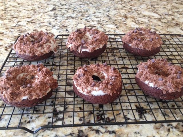 chocolate-crumb-donuts-9_16